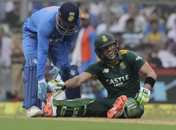 Sportsmanship - MS Dhoni