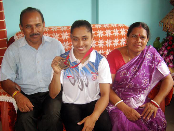Dipa-Karmakar-Family-Background-Father-Mother-Biography kreedon