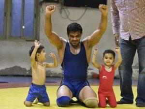 suvaran-chhatarshal-Kredon -Sushil kumar wrestling