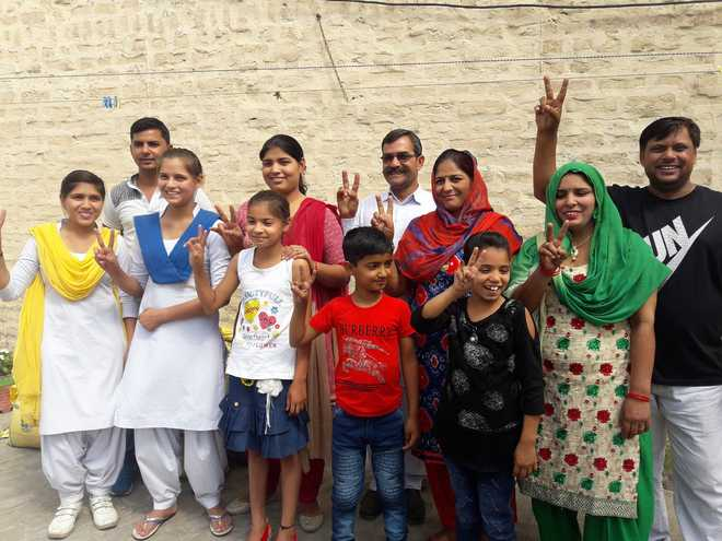 neeraj chopra family