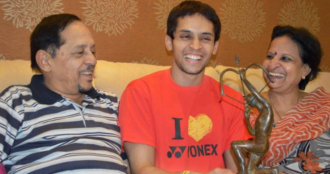 Parupalli Kashyap with his family