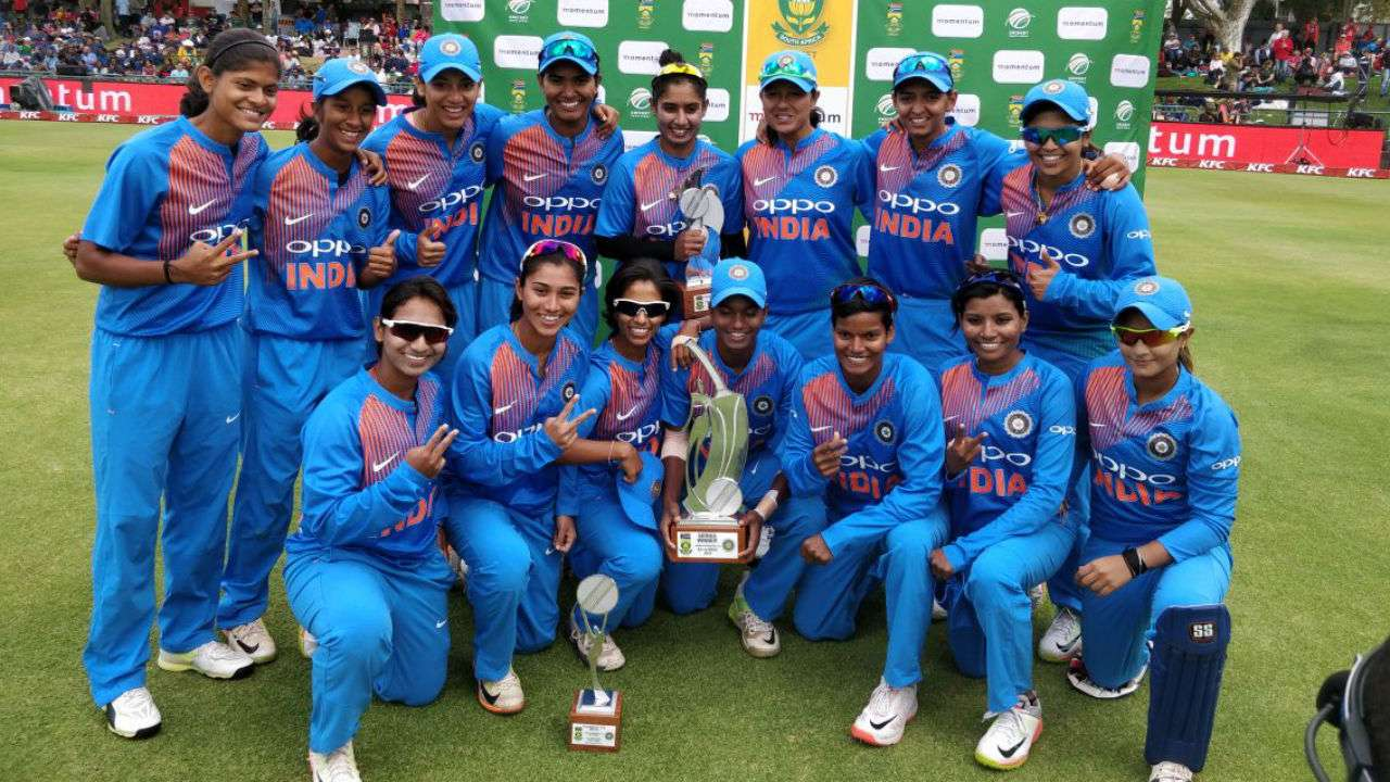 Poonam Yadav with the Indian women's team