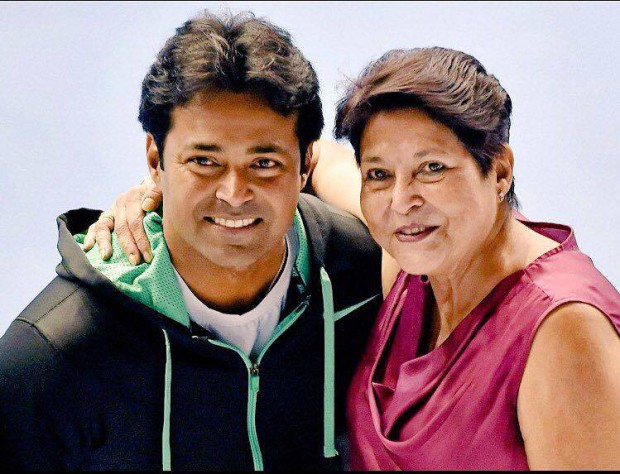 leander paes with mom