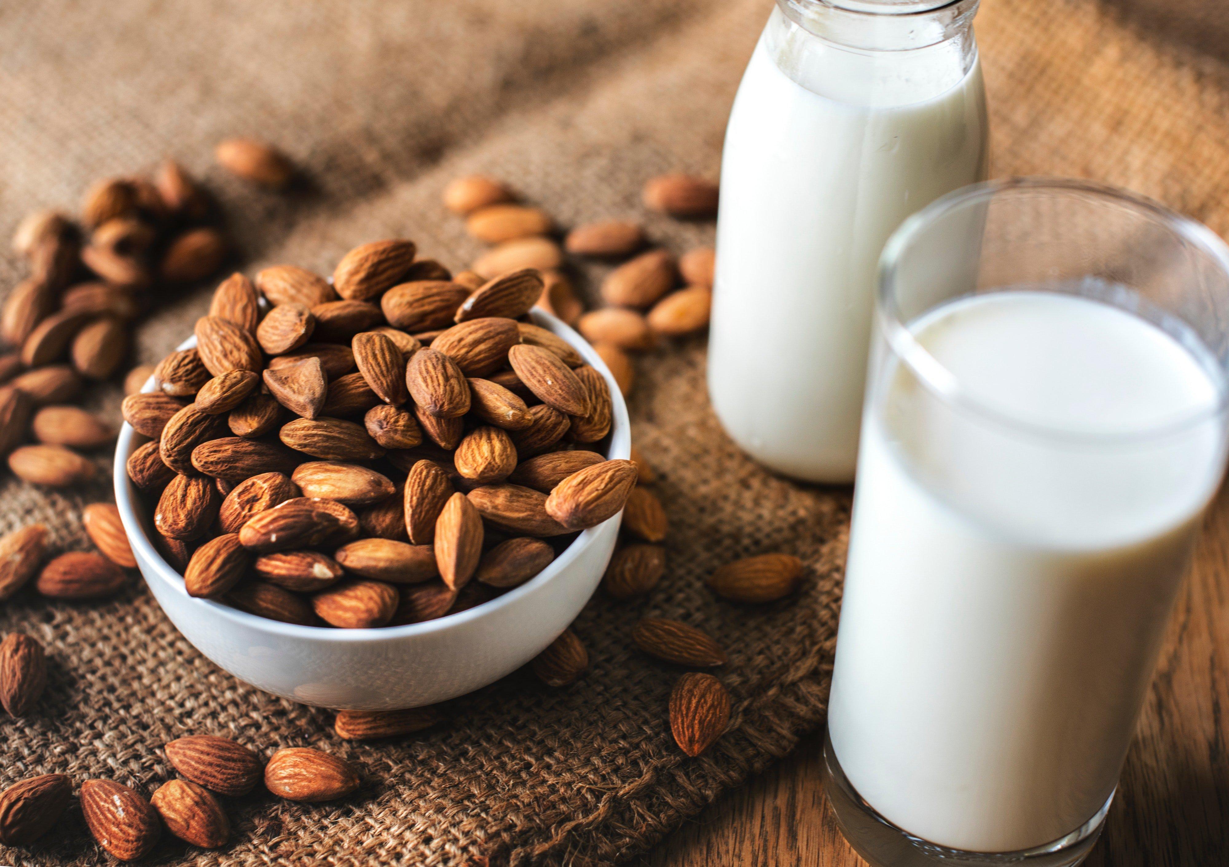MIlk Healthy Foods to gain weight KreedOn