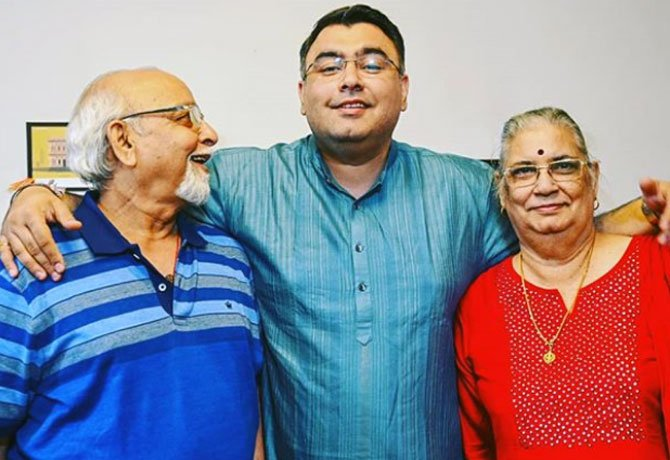 Gagan Narang with his parents