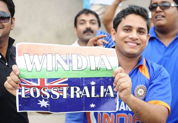 Cricket fans in India 4