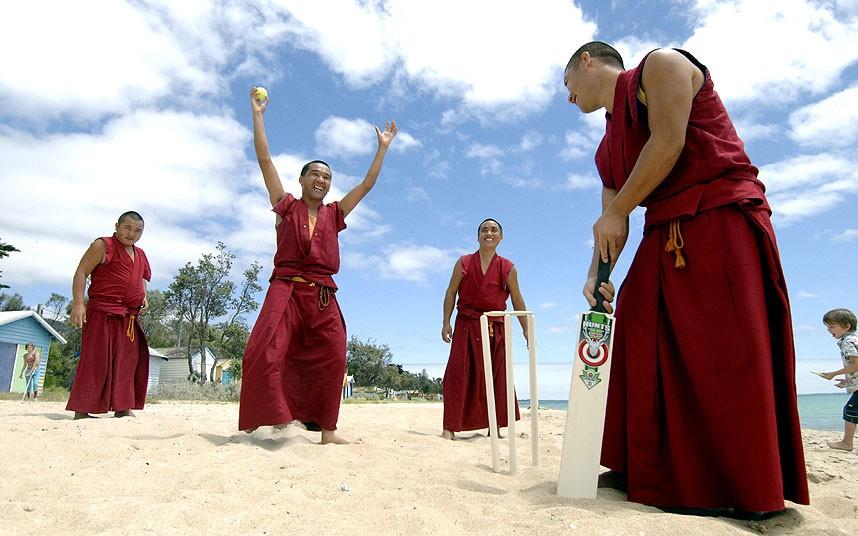 Buddhist monks play kreedon