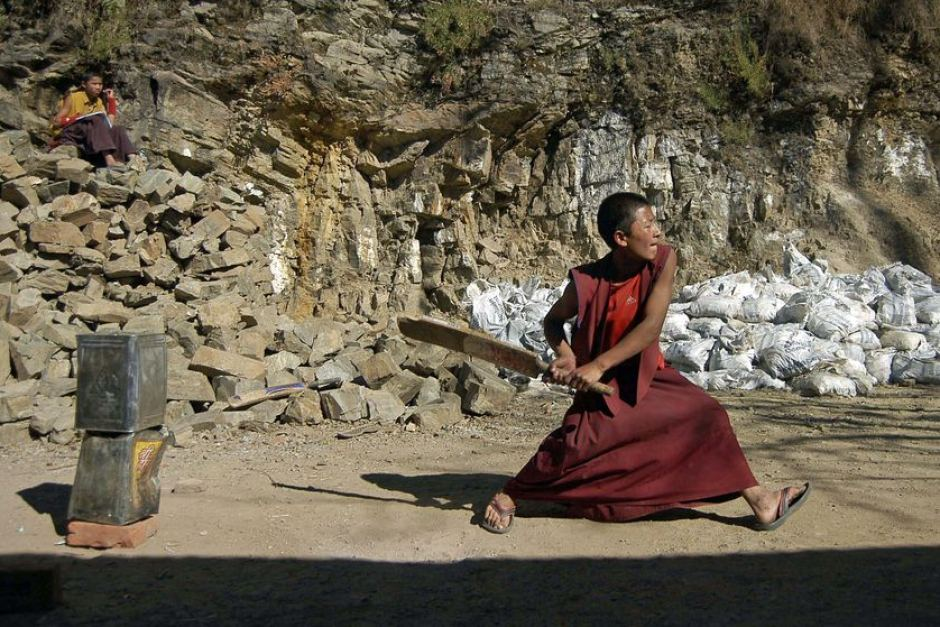 Buddhist monk straight drive kreedon