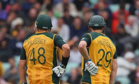 Cricketing brothers kreedon: Mike and David Hussey