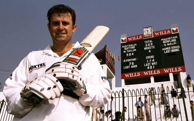 Highest individual score in test kreedon: Mark Taylor's 334