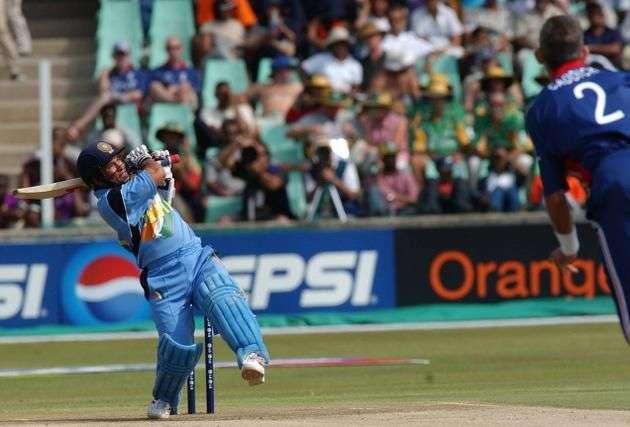 Sachin's historic 112m six vs England, 2003