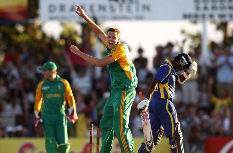 Lowest team score odi kreedon Sri lanka 43 vs South Africa 2012