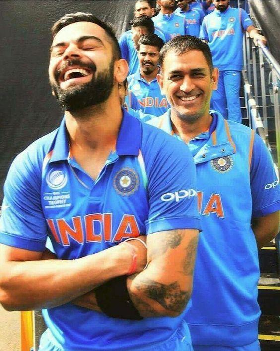 Virat Kohli and MS Dhoni sharing a laughter kreedon