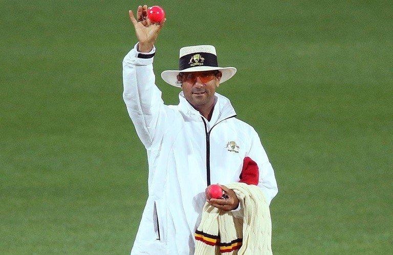 Cricket Umpire Signals:
