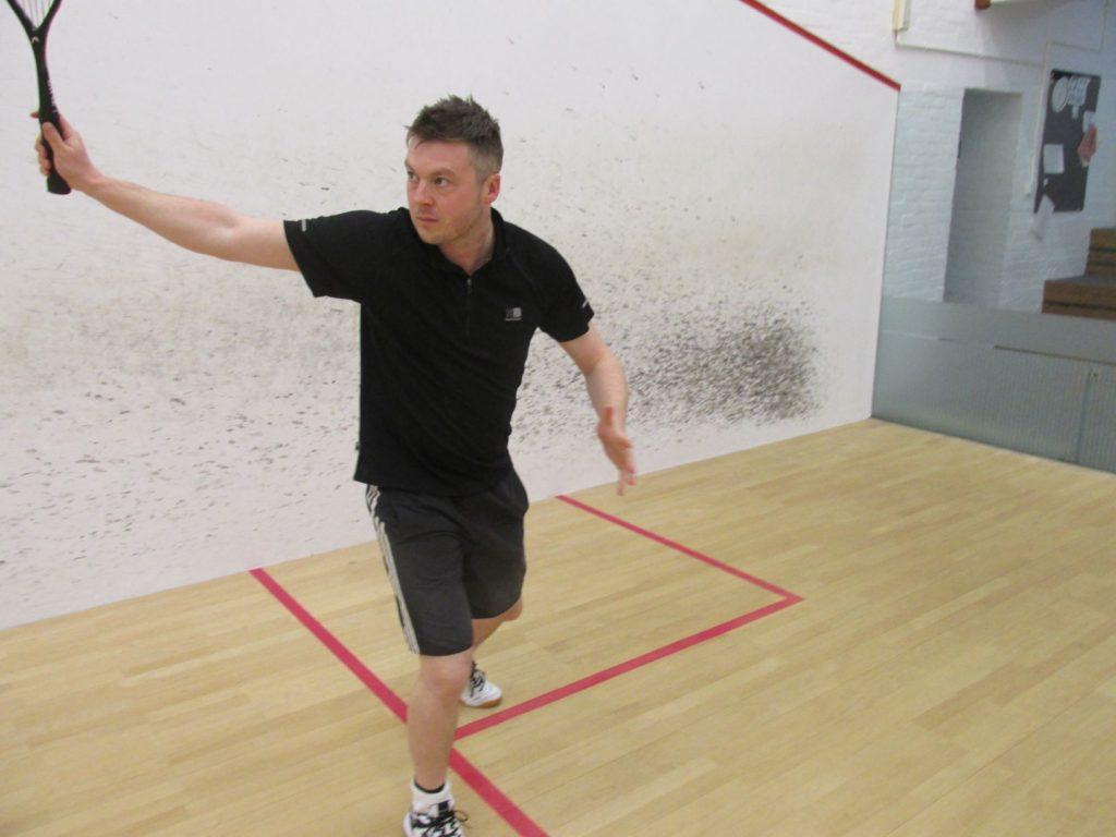 backhand serve kreedon squash tips