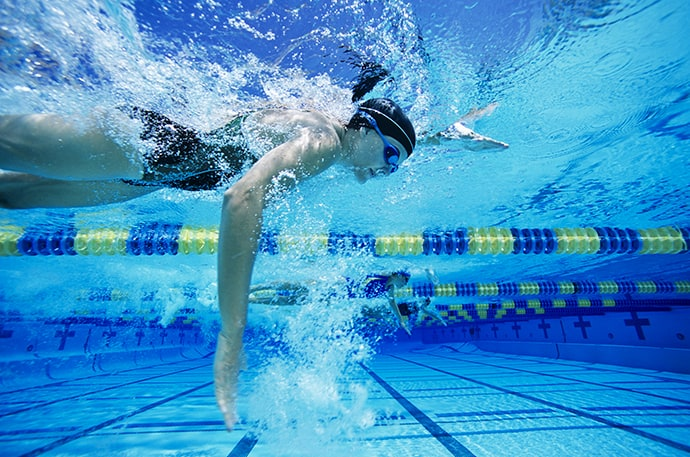 high-elbow underwater kreedon Freestyle Swimming
