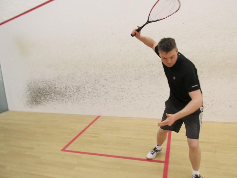serve practise kreedon squash tips