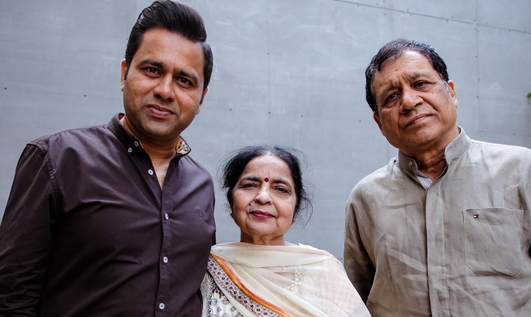 Parents Akash chopra KreedOn
