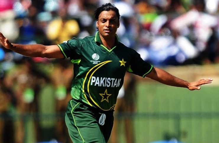 Shoaib Akhtar fastest bowler in the world KreedOn